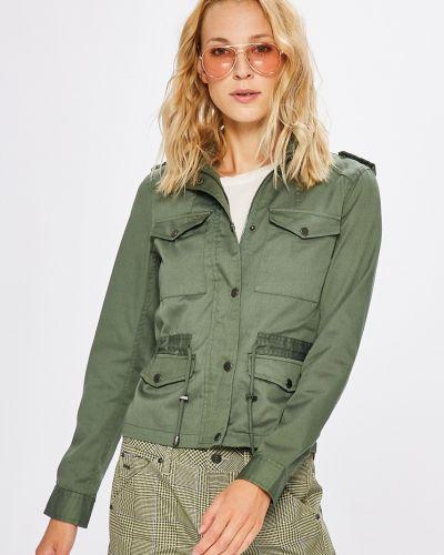 Утепленная куртка с карманами зеленая Noisy May