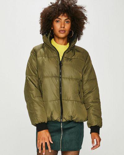 Утепленная куртка укороченная на резинке Review