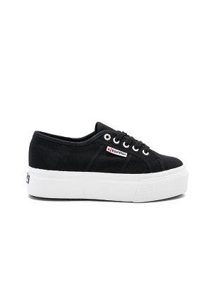 Белые кроссовки на платформе на шнурках Superga