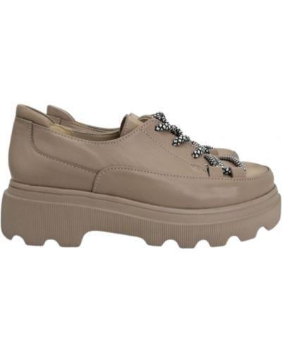 Кожаные туфли - бежевые Olli