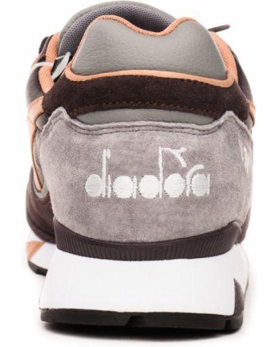 Кроссовки - коричневые Diadora