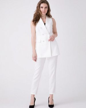 Брючный костюм белый Ricamare