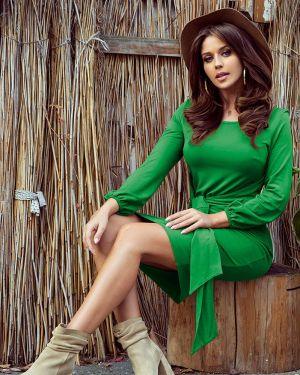 Zielona sukienka na co dzień z wiskozy Numoco
