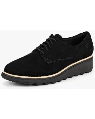 Ботинки осенние замшевые Clarks