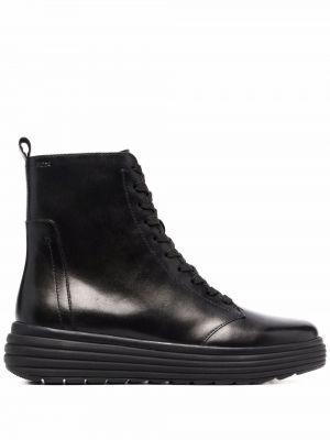 Черные ботинки на шнуровке Geox