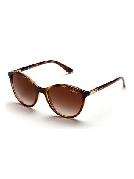 Коричневые весенние очки Vogue