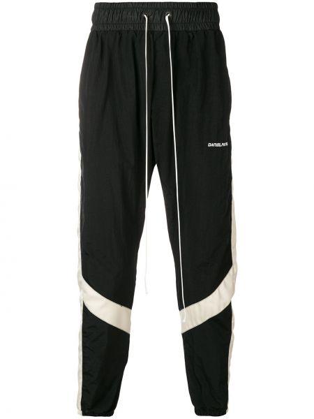 Спортивные брюки черные с карманами Daniel Patrick