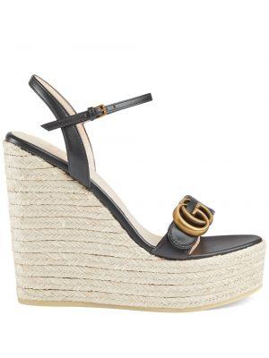 Czarne sandały skorzane na koturnie Gucci