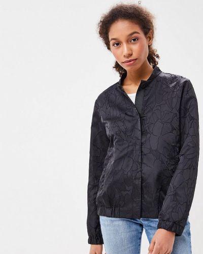 Черная куртка облегченная Baon