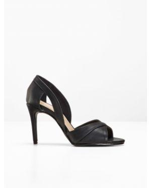 Туфли на каблуке черные с открытым носком Bonprix
