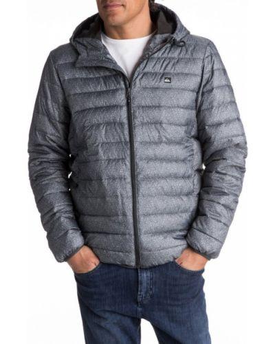 Серая куртка Quiksilver