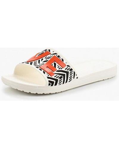Белые сланцы Crocs