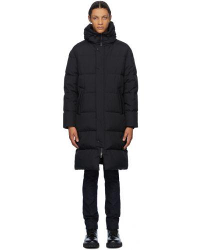 Nylon czarny długi płaszcz z długimi rękawami prążkowany Herno