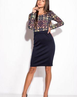Приталенное платье для офиса с капюшоном Time Of Style