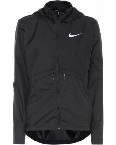 Зимняя куртка с капюшоном черная Nike