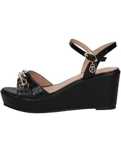 Czarne sandały Gattinoni