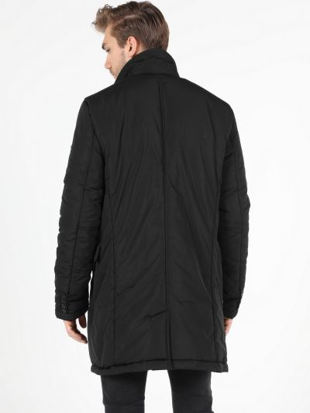 Пальто - черное Colin's