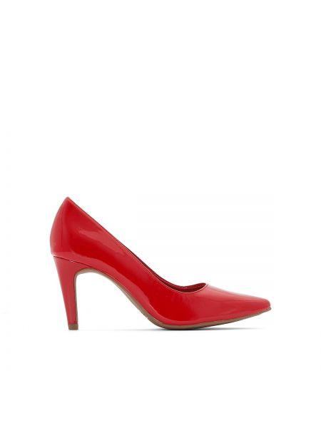 Туфли на каблуке лакированные на шпильке Tamaris