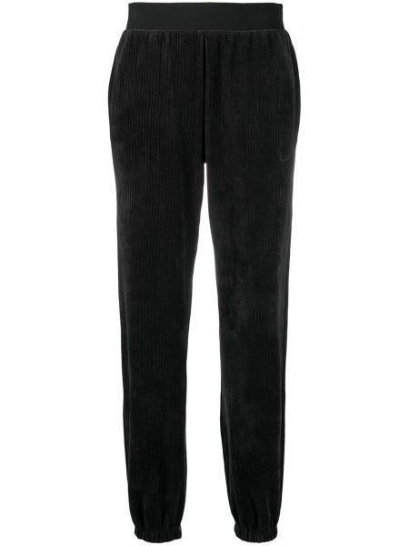 Велюровые черные спортивные брюки с поясом Nike
