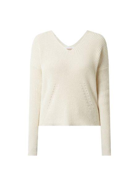 Sweter z dekoltem w serek - biały Rich & Royal