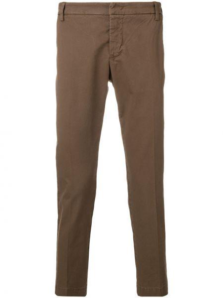Хлопковые коричневые брюки чиносы с поясом на молнии Entre Amis