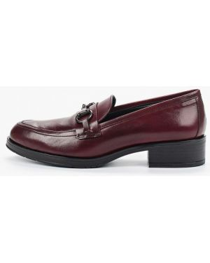Туфли на каблуке кожаные бордовый Bata