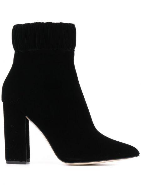 Черные сапоги без каблука на каблуке с острым носом из натуральной кожи Chloe Gosselin