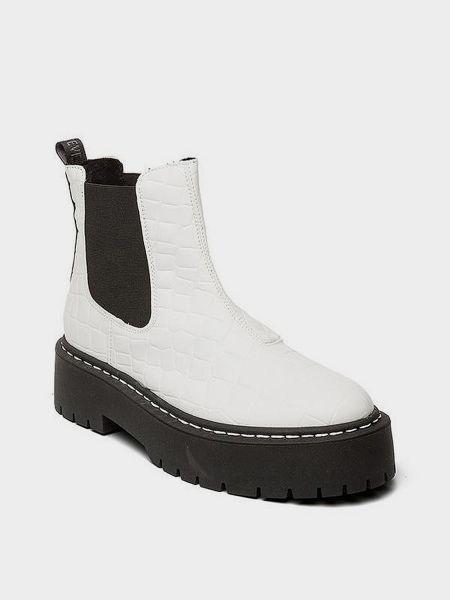 Ботинки - белые Steve Madden