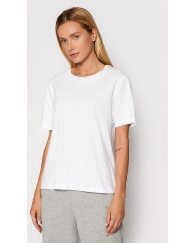 Biała t-shirt Gestuz