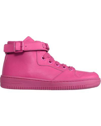 Розовые кроссовки Moschino