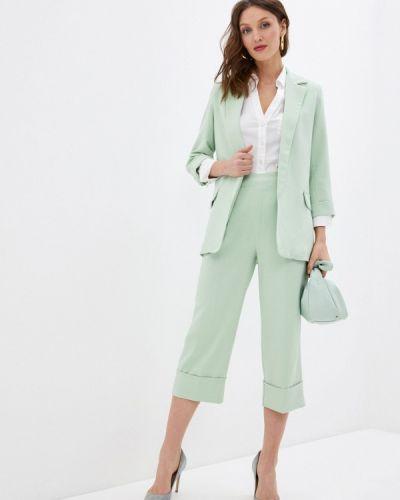 Костюмный зеленый брючный костюм Rinascimento