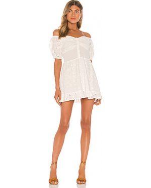 Белое платье мини с декольте на пуговицах эластичное Finders Keepers
