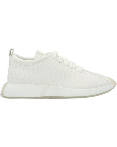 Sneakersy - białe Giuseppe Zanotti