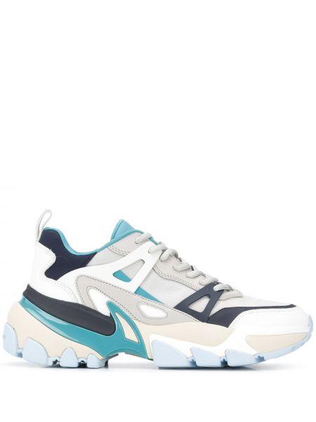 Серые кроссовки на шнуровке на плоской подошве Michael Kors