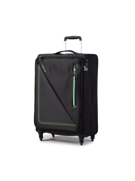 Czarna walizka średnia materiałowa American Tourister