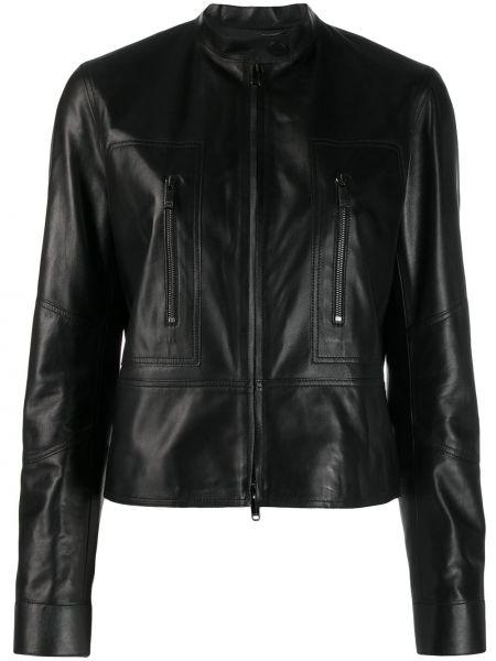 Кожаная куртка черная на молнии Valentino