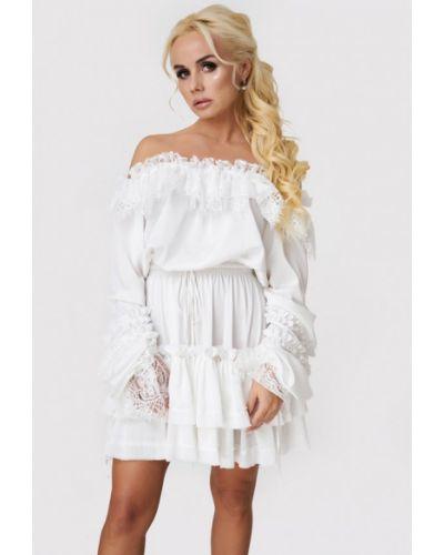 Платье с открытыми плечами осеннее Luxlook