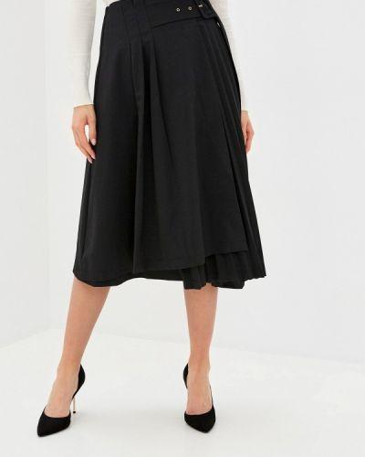 Плиссированная черная юбка Vilatte