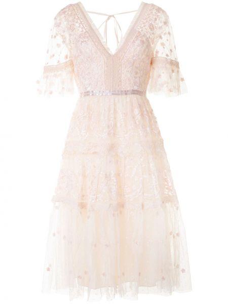 Розовое платье с вышивкой с V-образным вырезом с короткими рукавами Needle & Thread