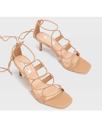 Туфли с завязками Stradivarius