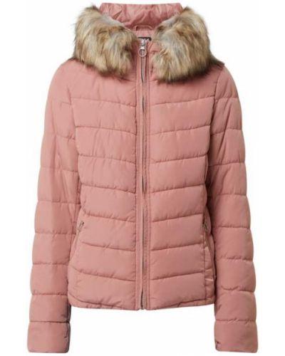 Różowa kurtka pikowana z futerkiem Only