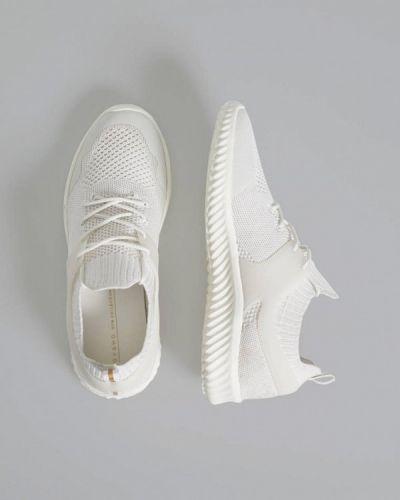 Кроссовки низкие белый Oysho
