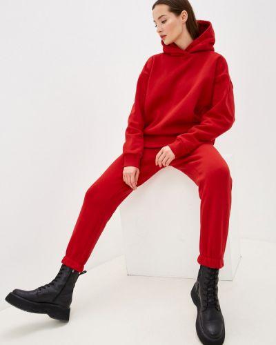 Костюмный красный спортивный костюм Anastasya Barsukova