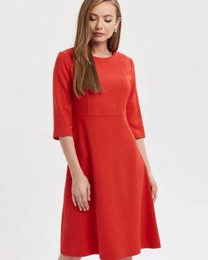 Платье прямое красный Akimbo