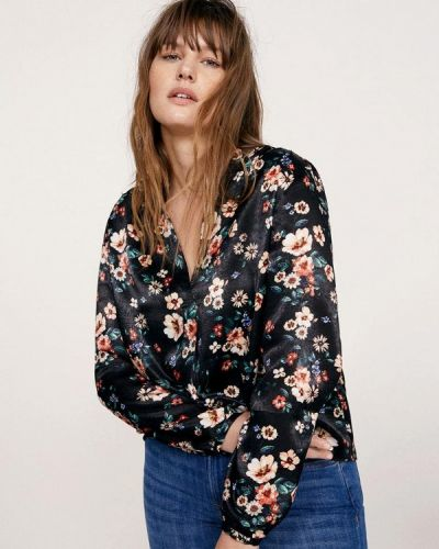 Черная блузка Violeta By Mango