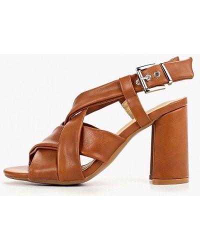 Босоножки на каблуке кожаные Martin Pescatore