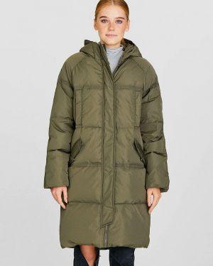 Зимняя куртка осенняя зеленая Stradivarius