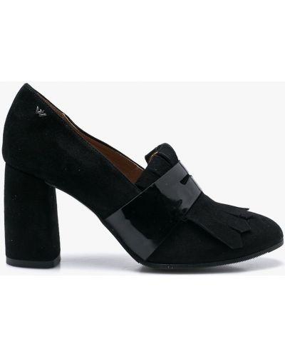 Кожаные туфли на каблуке Wojas