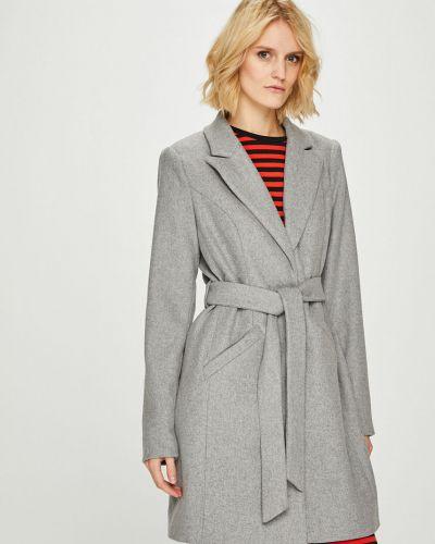 Утепленная куртка классическая с карманами Vero Moda