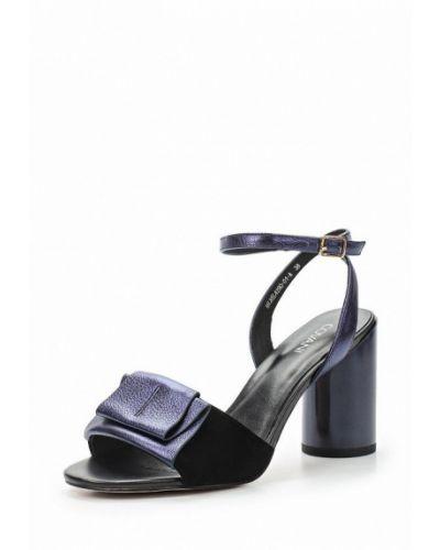 Синие босоножки на каблуке Covani